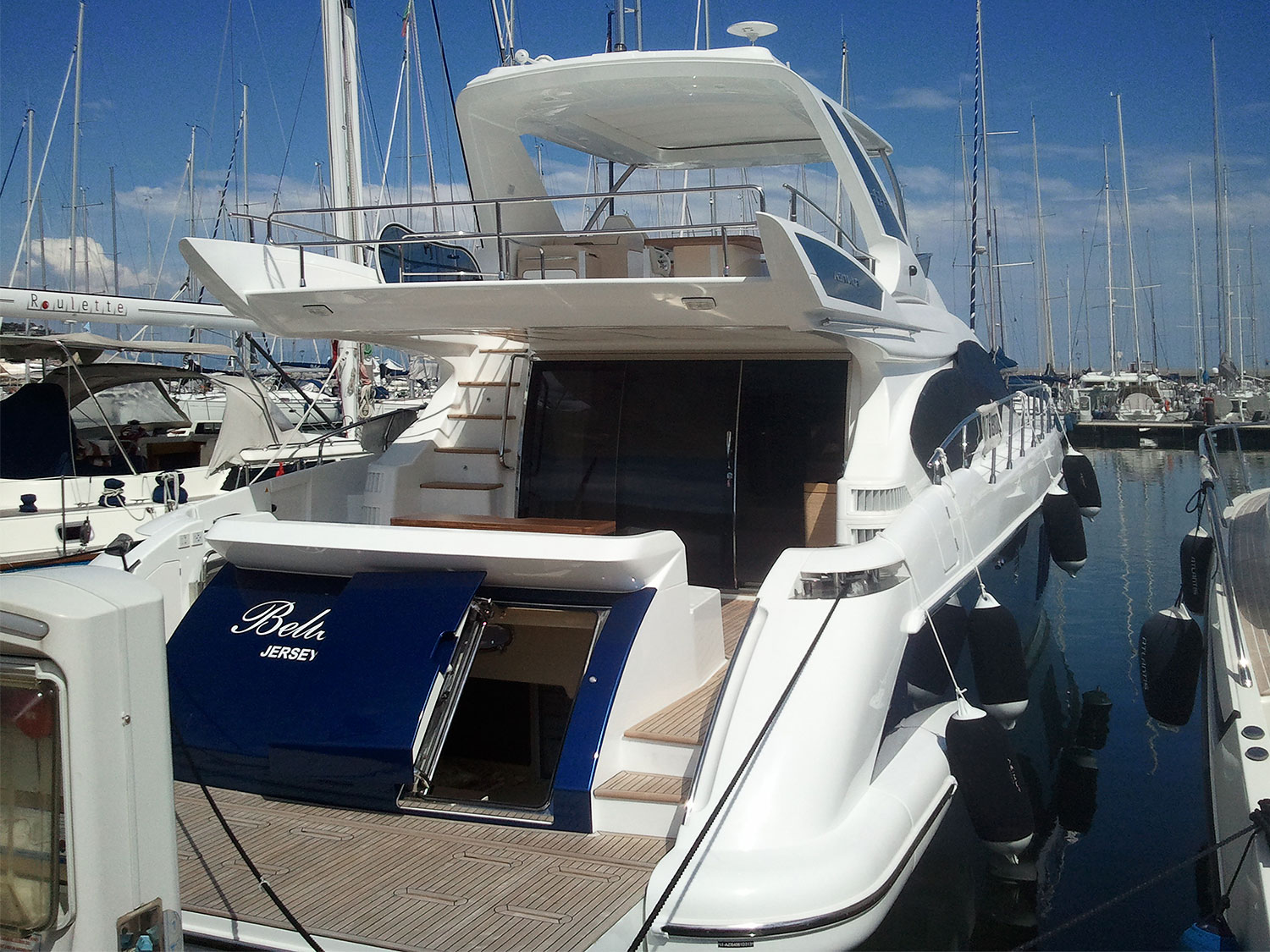 Yacht for sale Azimut 64: price by request > Motor yachts > Azimut ...